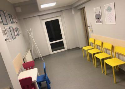 8aa)rehabilitacja dzieci hol