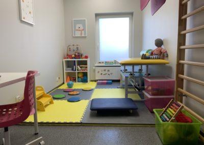 8b) fizjoterapia dzieci